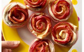 Süße Apfelröschen sind schnell und einfach für ein kleines Highlight auf der Kuchentafel gebacken