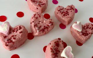 Herzmuffins mit Botschaft - das persönliche Geschenke aus der Küche