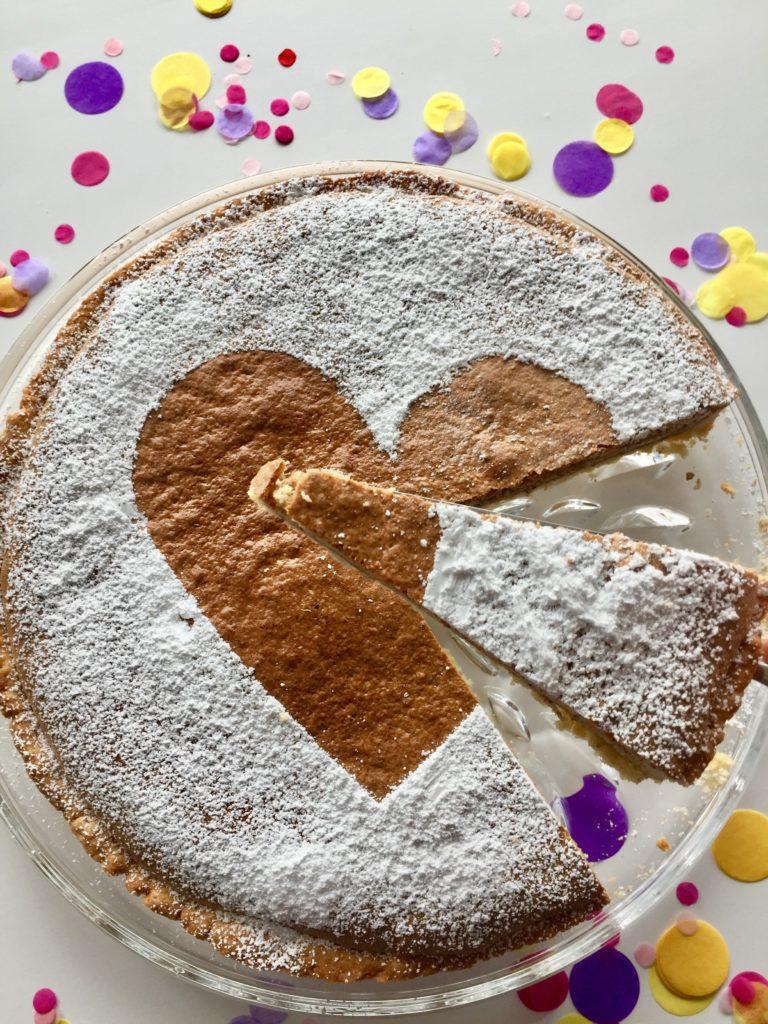 Ein Stück spanischer Mandelkuchen zum Vatertag