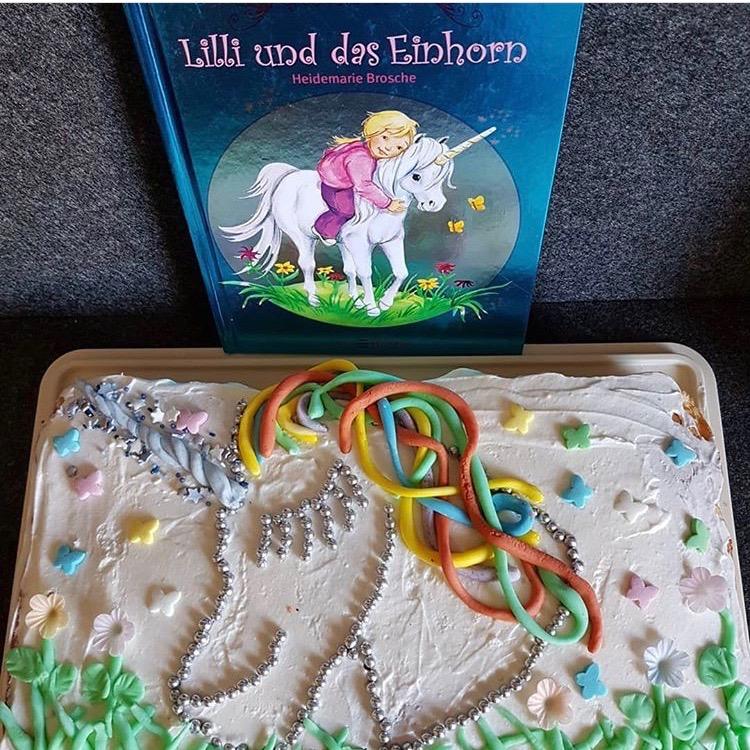 Ein Einhorn-Kuchen darf natürlich beim Lieblingskuchen Nachbacken auch nicht fehlen.