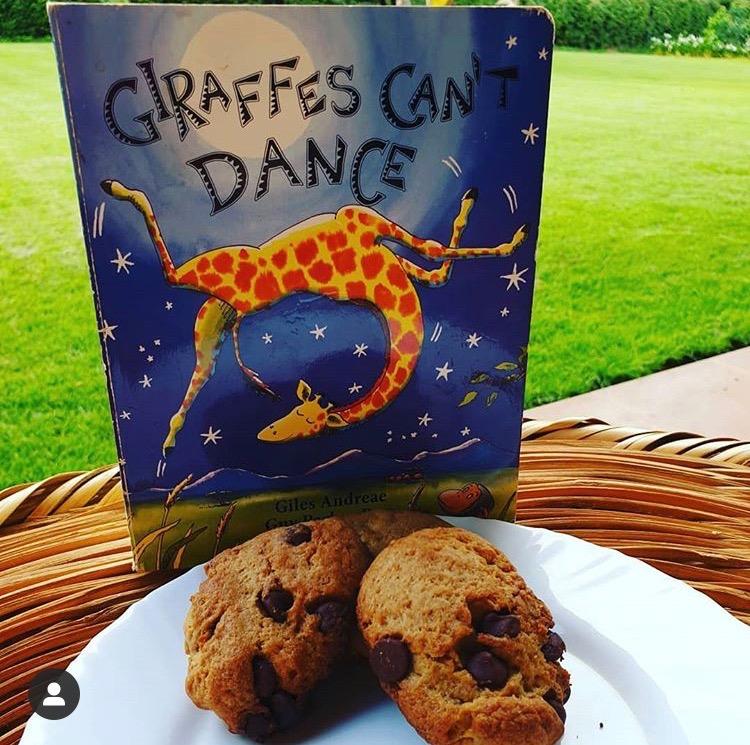 Giraffenplätzchen sind wunderbar zum Backen mit Kindern, das dazugehörige Kinderbuch hört sich auch ganz fantastisch an.