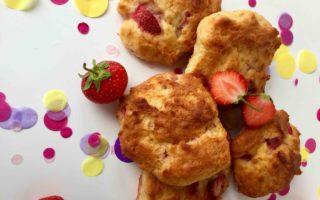 Ein einfaches Rezept für Erdbeerwölkchen als Interpretation eines Kinderbuches.
