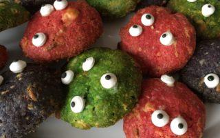 Schauderhafte Halloween-Cookies für die Halloweenparty mit Kindern! Happy Halloween