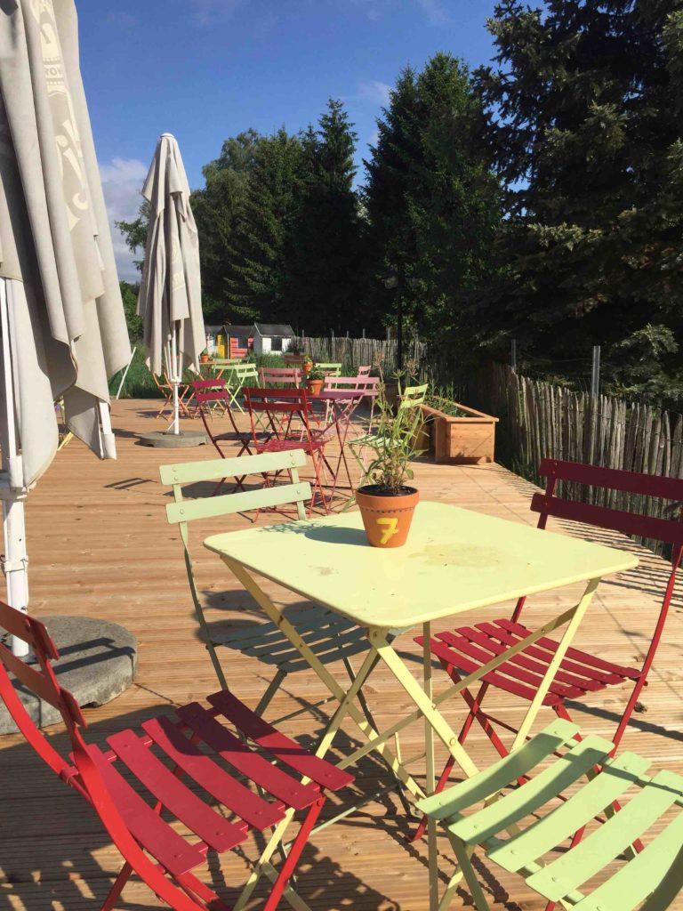 An einem sonnigen Nachmittag ist es am schönsten in unserem Lieblingscafé - ein wunderschöner Ausflugsort mit Kindern in Lüneburg