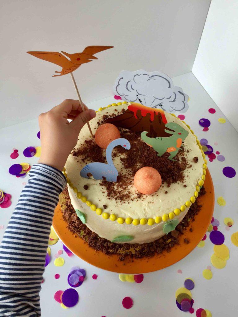 Die schnelle Torte ist zum Backen mit Kindern hervorragend geeignet.