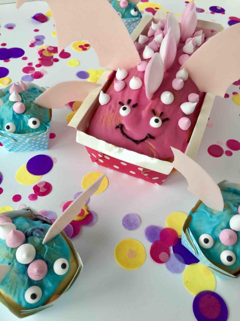 Ein leckerer Drachenkuchen - Einfacher Motivkuchen aus einer Kastenform für den nächsten Kindergeburtstag