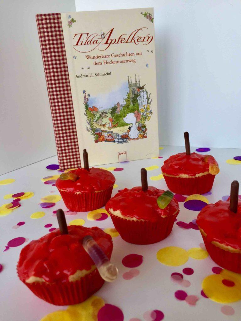 Apfelmuffins für die Back dein Lieblingsbuch-Challenge. Das einfache Rezept ist perfekt für das Backen im Herbst.