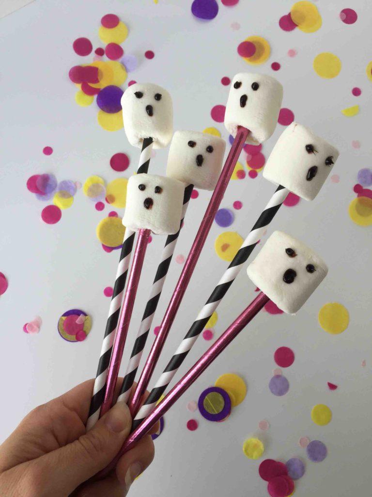 Leckere Marshmallow-Geister als Partysnack