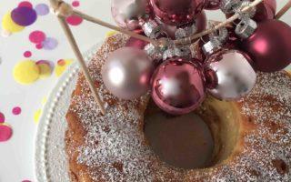 Der leckerer Adventskuchen mit Walnüssen schmeckt super und ist bestens für das Backen mit Kindern geeignet.