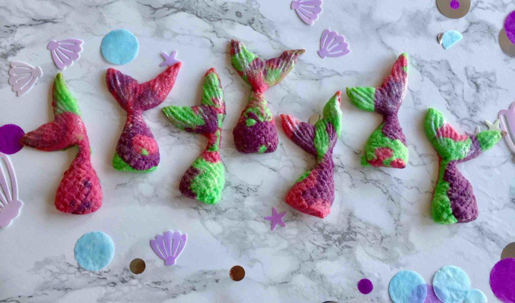 Die 3D-Meerjungfrauen-Kekse sind ein leckeres Highlight auf jedem Meermaid-Party. Für den Kindergeburtstag kannst du sie einfach mit deinen Kindern backen.